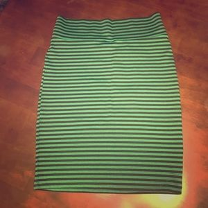 Lularoe Cassie Skirt -green and navy